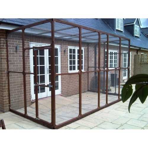 Bespoke outdoor cat runs cat enclosures and cat pens for Exterior enclosure