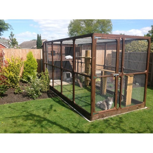 Large Cat Run And Cat House Spacious Outdoor Garden Run