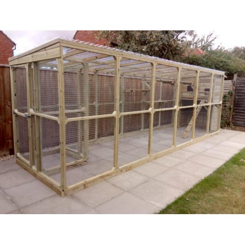 The Ellis Super Outdoor Cat House And Large Cat Run