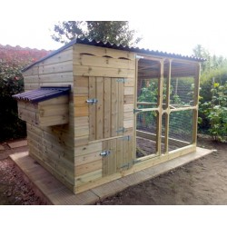 Chicken House and Fox proof Walk in Chicken Run