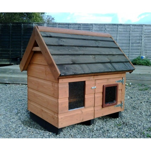 The Jane Outdoor Cat House