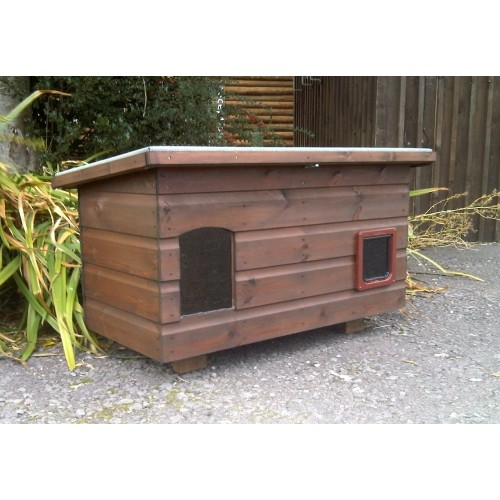 The Pent Jumbo Outdoor Cat House